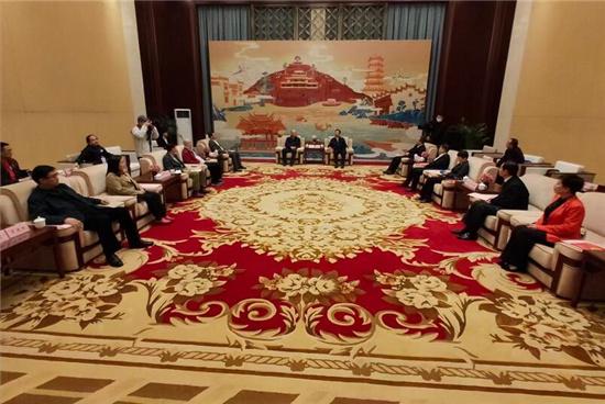 黄晓武:期待华文媒体 发出更多蚌埠好声音